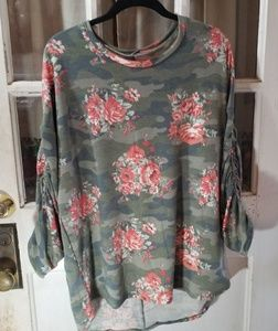 Tops - Camouflage rose print top